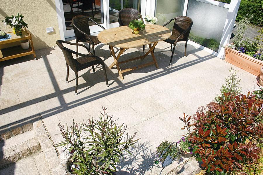 granitplatten siekmann betonsteinwerksiekmann betonsteinwerk. Black Bedroom Furniture Sets. Home Design Ideas
