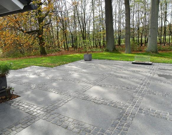 Granitplatten 120-80 schwarz geflammt