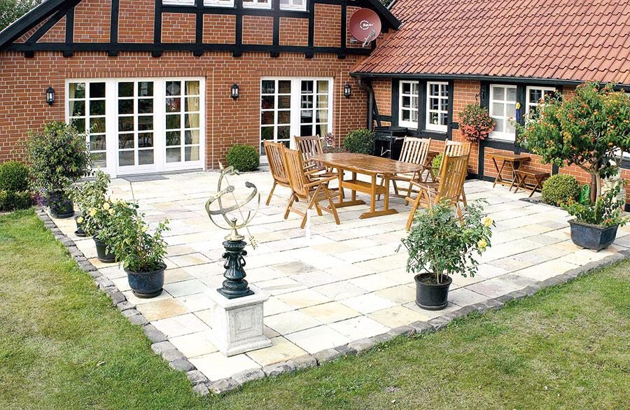 sandsteinplatten siekmann betonsteinwerksiekmann betonsteinwerk. Black Bedroom Furniture Sets. Home Design Ideas